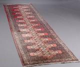 Orientalsk løber, 367 x 94 cm.