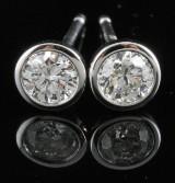 18kt Diamond earrings approx. 0.33ct