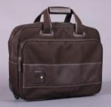 Ecco rejsetaske med hjul og håndtag.