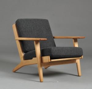 ware 3014474 hans j wegner sessel mit niedriger. Black Bedroom Furniture Sets. Home Design Ideas