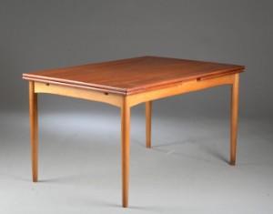 børge mogensen bord Børge Mogensen. Bord model 153 af teak og bøg | Lauritz.com børge mogensen bord