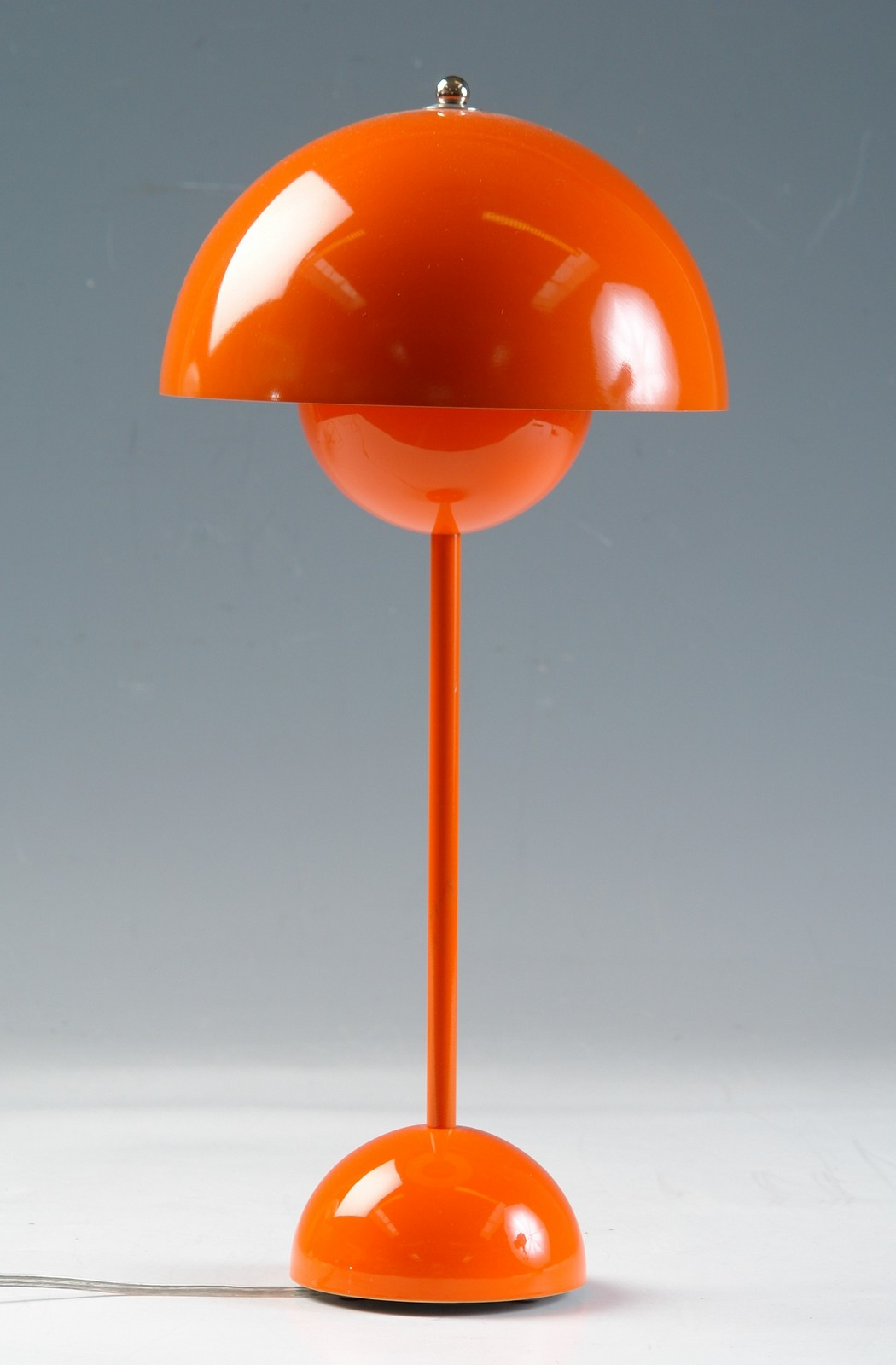 Picture of: Verner Panton Flowerpot Bordlampe Lauritz Com
