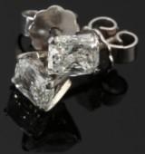 A pair of Korloff-cut earrings, VVS/Top Wesselton - 1.46 ct. (2)