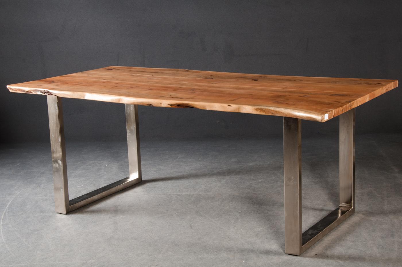 Auktionstipset Massiver Baumstamm Esstisch Tisch Modell Mammut
