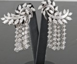 18kt. brilliant & marquise-cut diamond earrings approx. 7.50ct