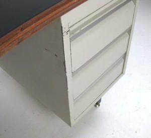 boomerang metall schreibtisch der 1960er jahre frankreich. Black Bedroom Furniture Sets. Home Design Ideas
