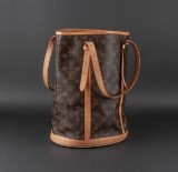 Louis Vuitton. Skuldertaske. Monogram canvas. Model 'Large Bucket'