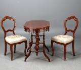 Bord samt 2 st stolar (3)