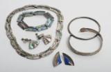 Samling vintagesmykker af sølv