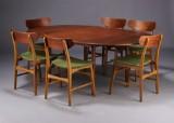 Dansk møbelproducent. Spisebord samt seks stole (7)