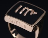Gavello. 'Icon' diamond ring, 18 kt. gold. Weight approx. 20.5 g. Ring size 62/19.7
