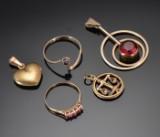 Smykker af 8 kt.guld (5)