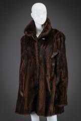 Mahogany mink swing coat, size 42. Labelled Godskefur