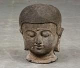 Skulptur, Buddhahuvud i sten, 35 cm.