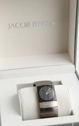 Jacob Jensen damearmbåndsur, serie 580