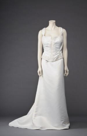 2551da18 Slutpris för Veronia todelt brudekjole, champagnefarvet str.