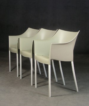 philippe starck 3 st hle 39 dr no 39 f r kartell 3. Black Bedroom Furniture Sets. Home Design Ideas