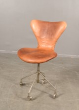 Arne Jacobsen, sjuan skrivbordsstol