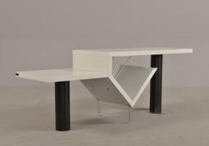 bang olufsen tv m bel hvidlamineret tr. Black Bedroom Furniture Sets. Home Design Ideas