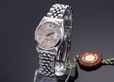 Rolex Datejust. Midsize dameur i stål med sølvfarvet skive, ca. 1987