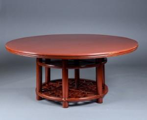 gro er runder chinesischer esstisch aus rot lackiertem holz mitte 20 jh. Black Bedroom Furniture Sets. Home Design Ideas