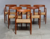 H.W.Klein. Seks Spisestole Teak med armlæn og flet sæde (6)