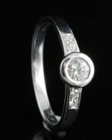 18kt handmade diamond ring approx. 0.27ct