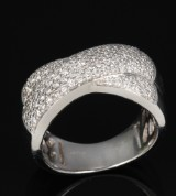 Diamond ring, 18 kt. white gold, total of approx. 1.05 ct
