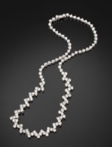 Diamond 'Riviere' necklace, 18 kt white gold, total approx. 11.00 ct