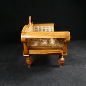 ware 3354049 sitzbank im kolonialstil mit wiener geflecht. Black Bedroom Furniture Sets. Home Design Ideas