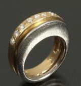 Ole Lynggaard. Ring, 14 kt guld- hvidguld