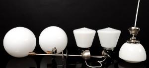 Tre taklampor samt två utomhuslampor med vita glaskupor5