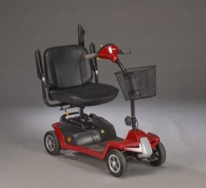 El-scooter. Shoprider - Dk, Herlev, Dynamovej - El-scooter/kørestol 4-hjulet af mrk. Shoprider. 06/2017. Kører ca. 40-60 km. med en fart på 12-15 km/t på en opladning. Indstilleligt sæde og styr, armlæn kan vippes op, sædet kan drejes til side og indstilles i højden. Tå - Dk, Herlev, Dynamovej