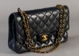 Chanel skuldertaske. Model 2.55 double flap