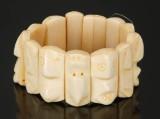 Geenlandica: Otto Thomassen, walrus tusk bracelet