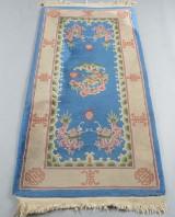 Kinesisk tæppe, 153 x 76 cm.