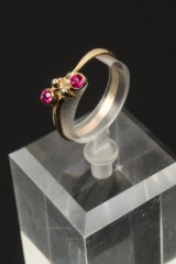 Ring mit 2 x Rubinen,14 kt Rotgold