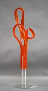 Völcker. Håndformet unika skulptur, frosted plexiglas, H. 117 cm.