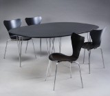 Piet Hein & Bruno Mathsson, Super Elipse table and Arne Jacobsen Series 7 chairs, model 3107 (5)