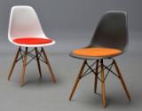 Charles Eames. Par skalstole med siddepolstring, model DSW (2)