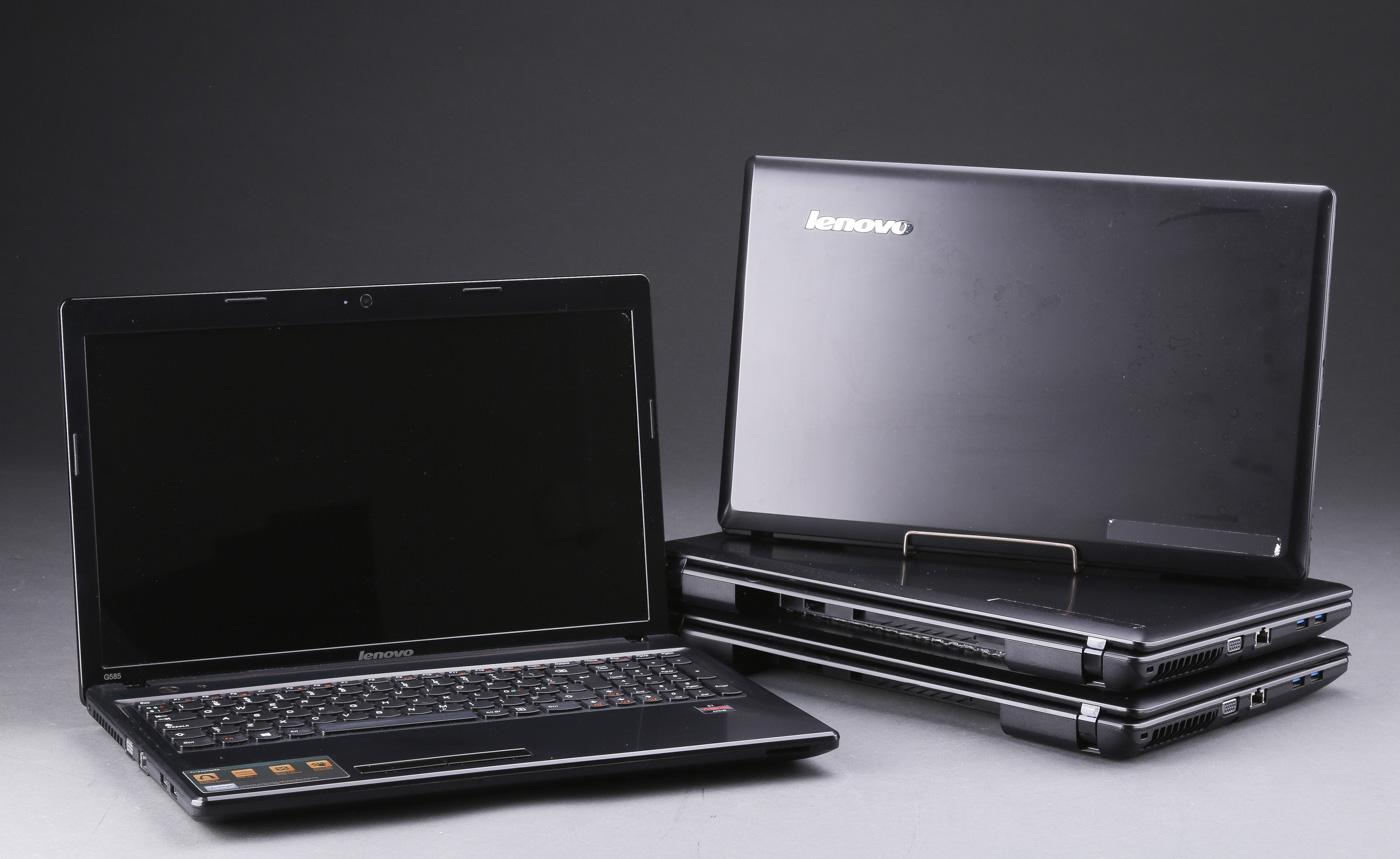 Lenovo. Fire bærbare computere, model G585 - Lenovo. Fire bærbare computere, model G585. Processor; AMD E1-1200 APU with Radeon (tm) HD Graphics 1,40 Ghz.Installeret hukommelse 4,00 GB.Systemtype; 64-bit operativsystem, x64-baseret processor. Batterier mgl. Medfølgende strømkabel samt...