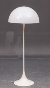 Verner Panton. Pantella standerlampe
