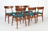 Dansk møbelproducent. Seks stole, teak/bøg. (6)
