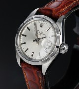 Rolex 'Date'. Vintage dameur i stål med sølvfarvet skive, ca. 1972