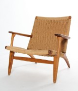 Hans J. Wegner. Lounge chair, model CH25, solid oak