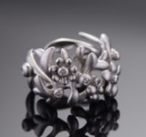 Ole Lynggaard. Flower ring, 18 kt. white gold