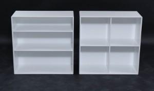Peter J. Lassen. To Montana moduler, model 1112 og 1231, dybde 30 cm (2) - Dk, Aalborg, Nibevej  - Peter J. Lassen. Montana opstilling bestående af model 1112 og model 1231 med ekstra hylde. Begge moduler er åben. Modulerne er produceret i 12 mm MDF der er lakeret med vandbaseret lak farve 101 New White Gloss. Hvert moduler m