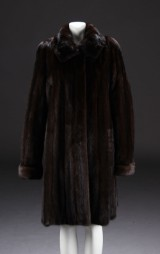 CKN, frakke af brun mink, str. 42