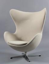Arne Jacobsen. The Egg easy chair, model 3316