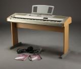 Yamaha piano, model Portable Grand DGX-500